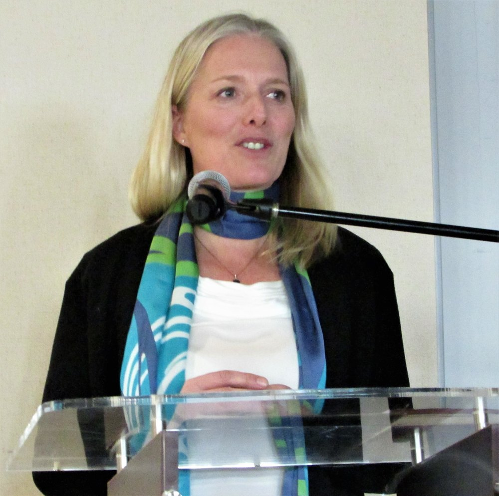 Catherine McKenna  -  Minister of the Environment and Climate Change