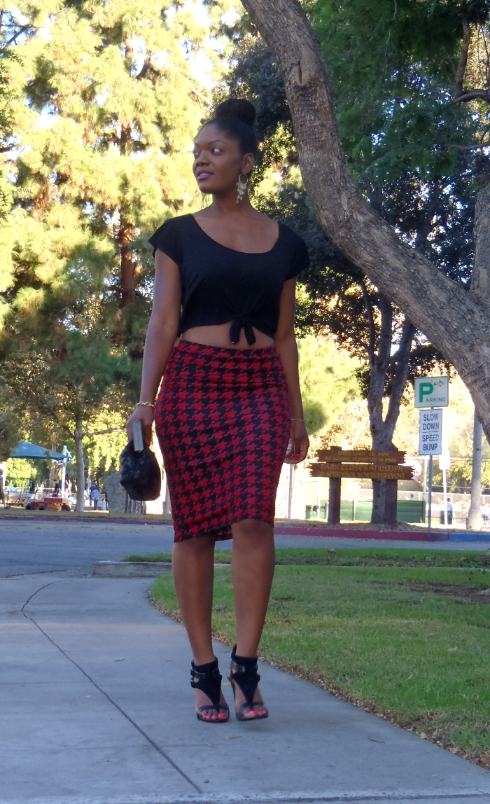 how to wear a crop top with a pencil skirt