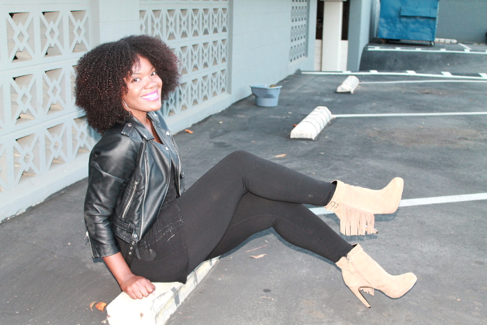 natural hair blogger-fringe boots