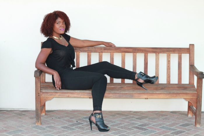 all black outfit - natural hair blogger