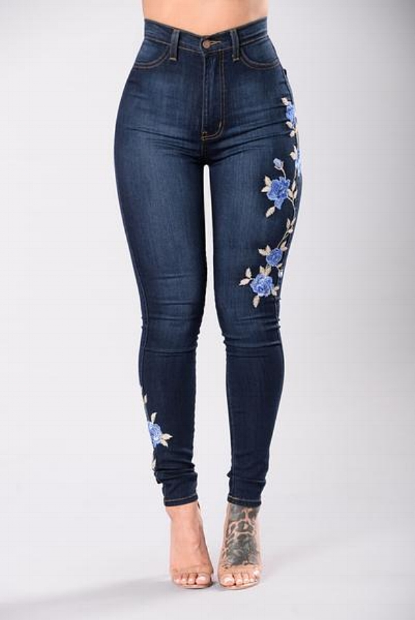 fashion nova embroidered jeans, curvy girl jeans