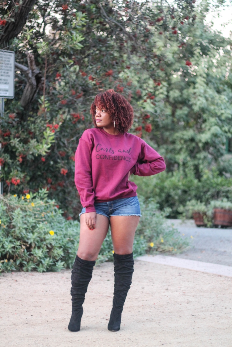 How To Wear Denim Shorts In The Fall