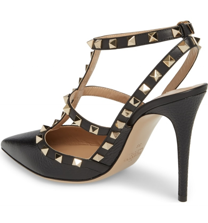 SHOEGASM TUESDAY: Valentino Rockstud T-Strap Pump