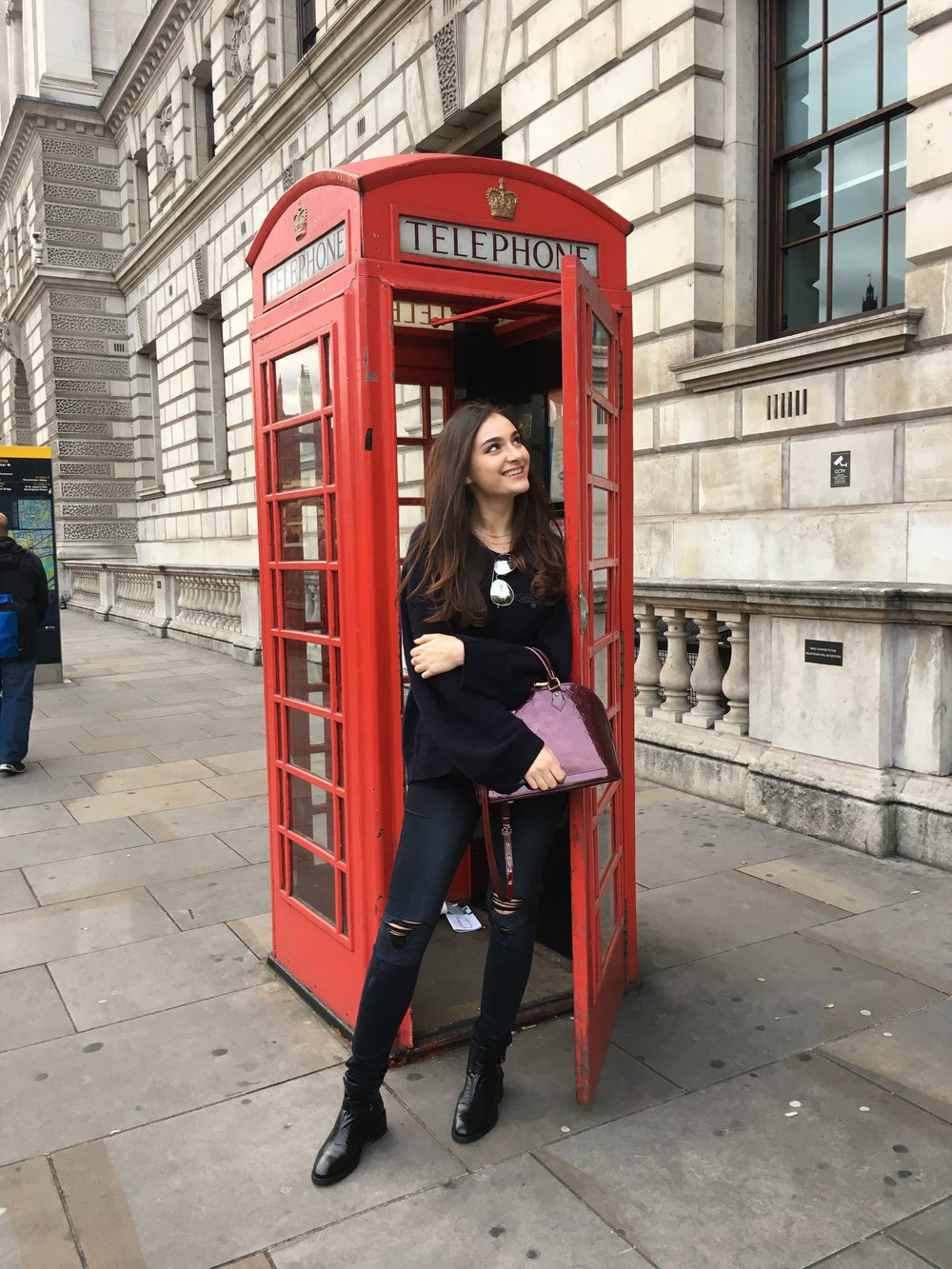 Here's a typical London picture! My jeans are Black Orchid denim and my sweater is from Nordstrom's in Vancouver! My boots are L'intervalle.