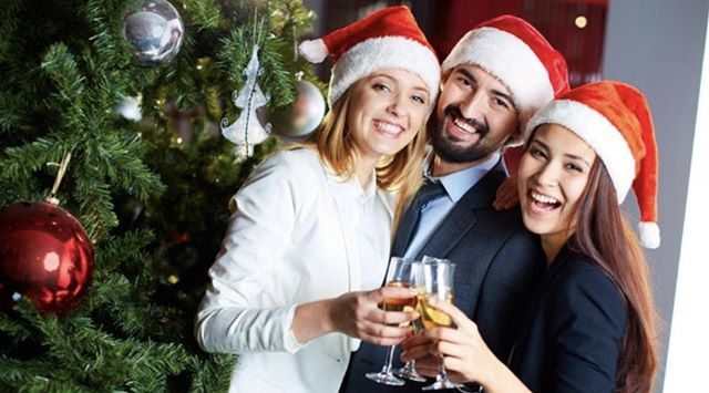 Make sure you and your clothes are looking their best before that holiday party. Free pick up and delivery. Same day service. What could be easier? . . . . #dryclean #toronto #Tdot #Torontolifestyle #lifestyle #fashion #yyz #professional #executive #santa #formalwear #dressup #business #party #holidays #drycleanonly #drycleaningservice #the6six #christmas #mensclothing #womensclothing #torontobusiness #family #ootd #uggs #laundryservice #laundryday #christmasmarket #noel #hohoho
