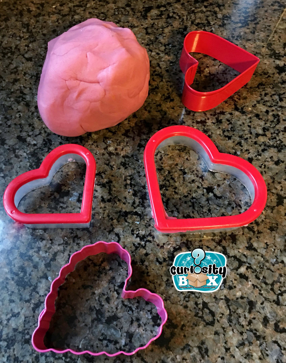 Curiosity Box Valentine Playdoh 2.JPG