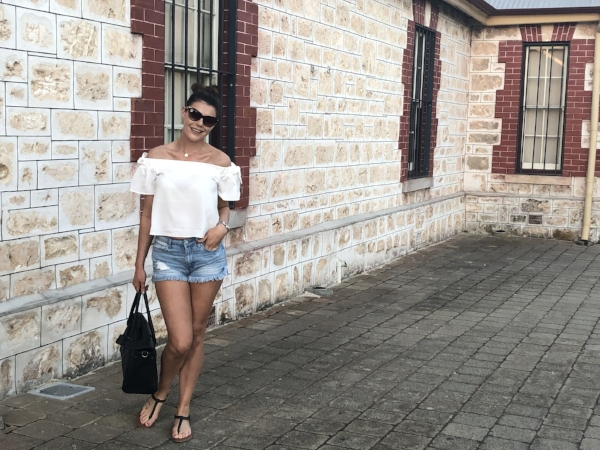 Off the shoulder top paired with a fab pair of Zara shorts and my trusty Mulburry  handbag . Shop the top  here