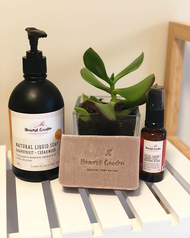 🌿 Skincare from Nature 🌿  Loving these gorgeous natural skincare products from @harvestgardenproducts 🌸  #backtonature #skincarefromnature #naturalproducts #collab #skincare #naturalgoodness