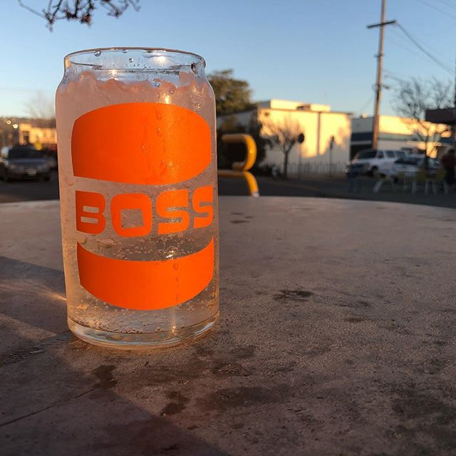 Loving these soda can glass. Buy one with a burger, or drink a draft in house like a BOSS! #boss #eeeeeats