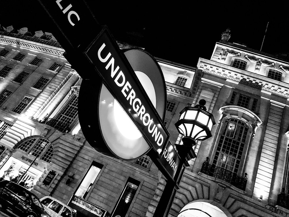 Piccadilly Circus - London Underground station