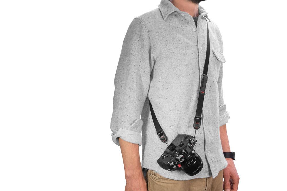 Peak Design Leash camera strap used in sling orientation