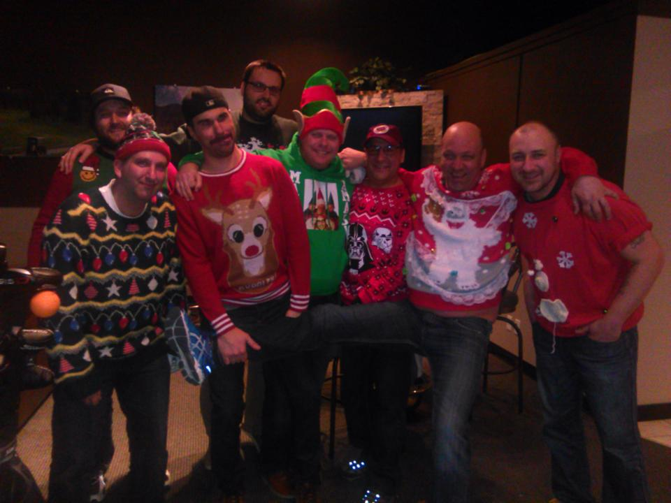 Ugly Xmas Sweaters 2016