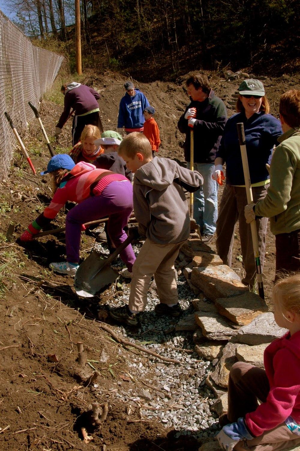 clasp kids gardeningverticalshot*.jpg