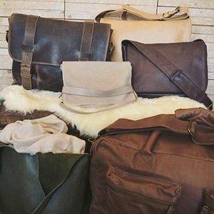uscha_bag_collection_img_01_large.jpg
