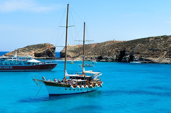 BOAT TRIPS AROUND GOZO