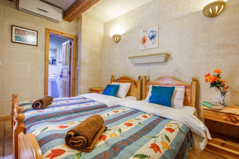 Single bedroom no.2 with ensuite bathroom