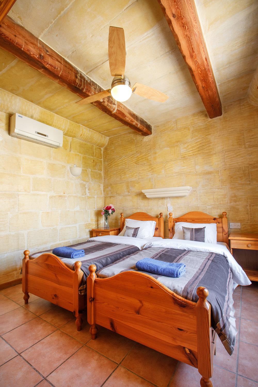Twin bedroom no.2