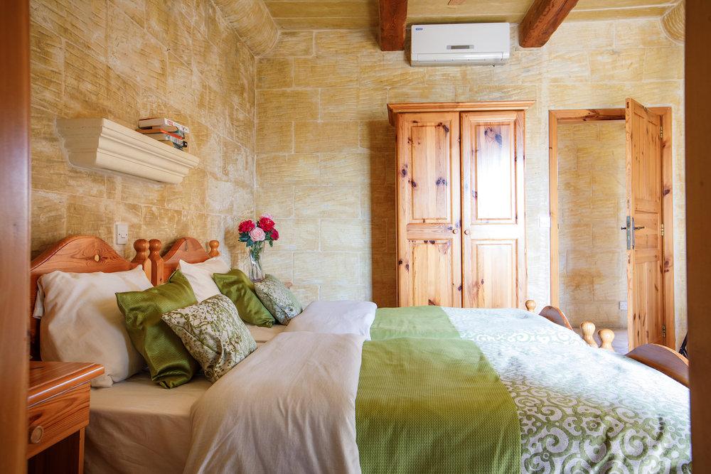 Twin bedroom no.1