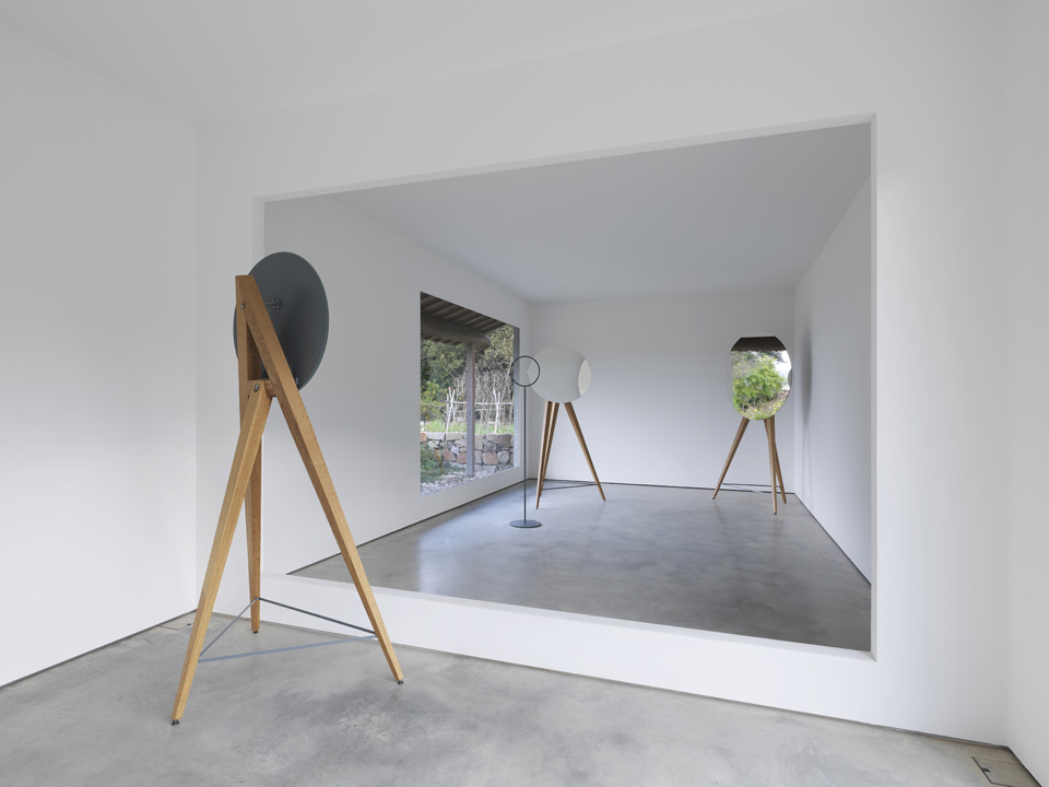 - I-Art House