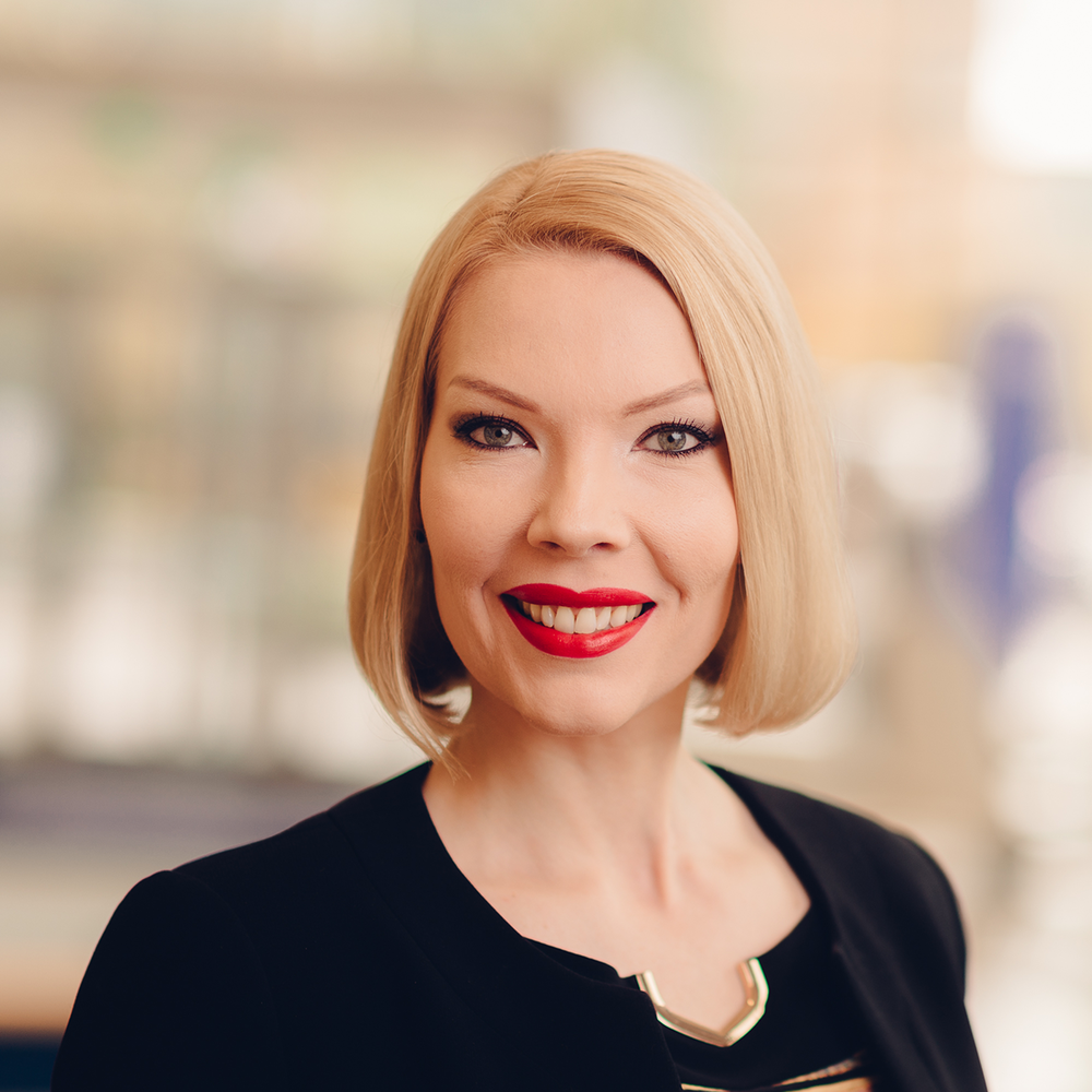Charlotta Henriksson LR.png