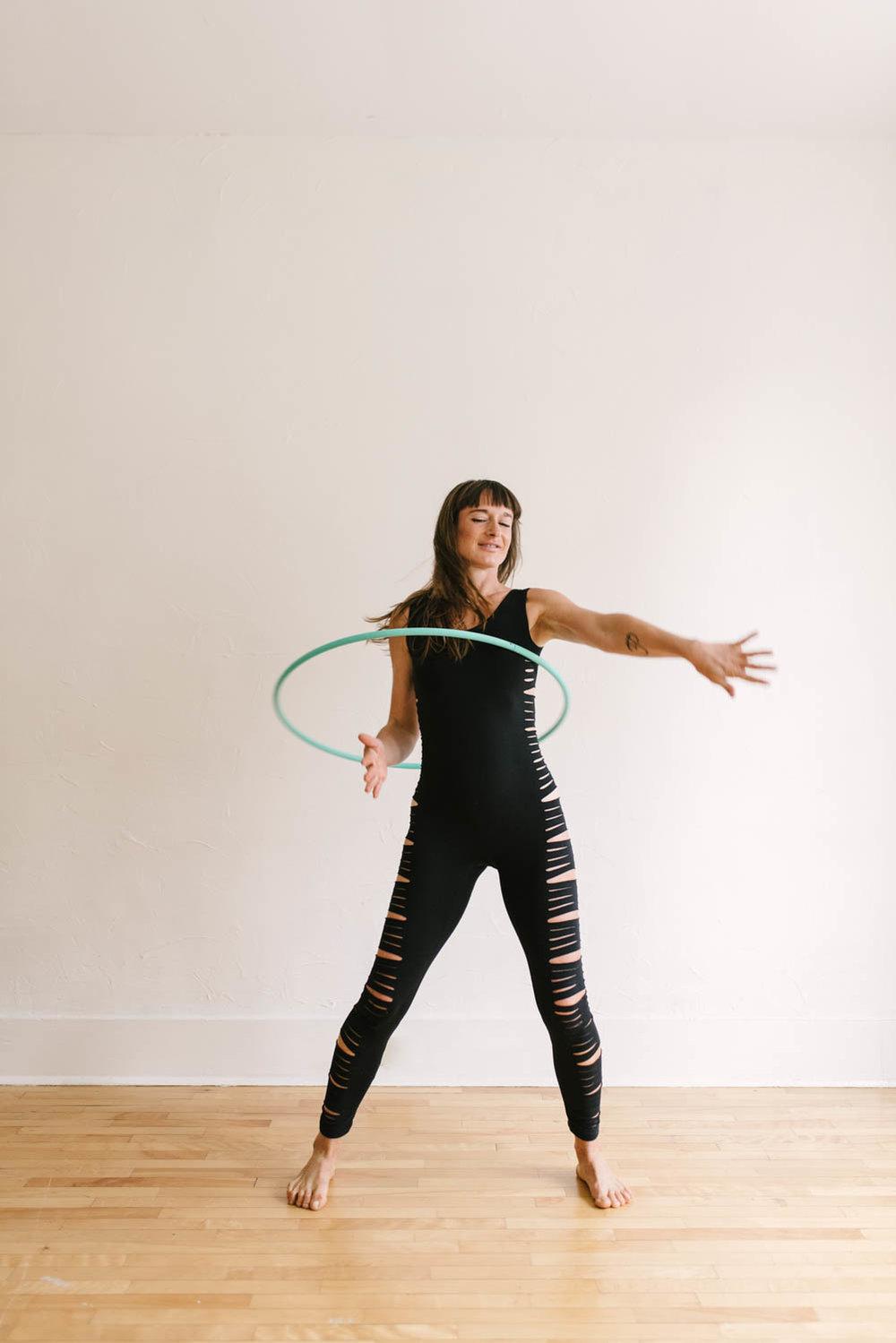 woman-with-hula-hoop-color-2-©Copyright-Elisabeth-Waller.jpg