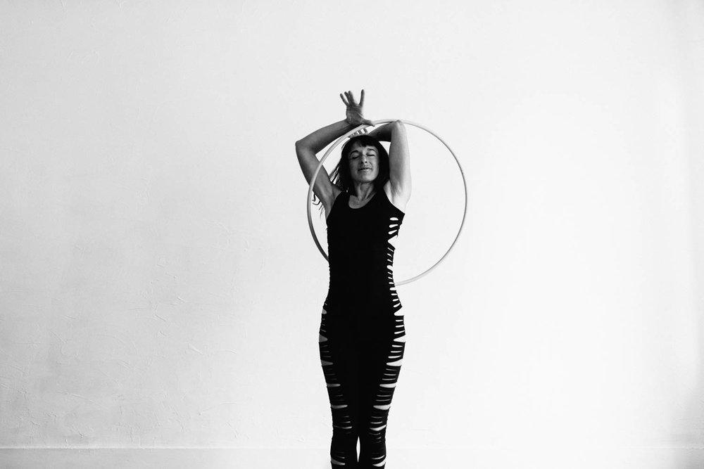 woman-with-hula-hoop-enjoying-©Copyright-Elisabeth-Waller.jpg