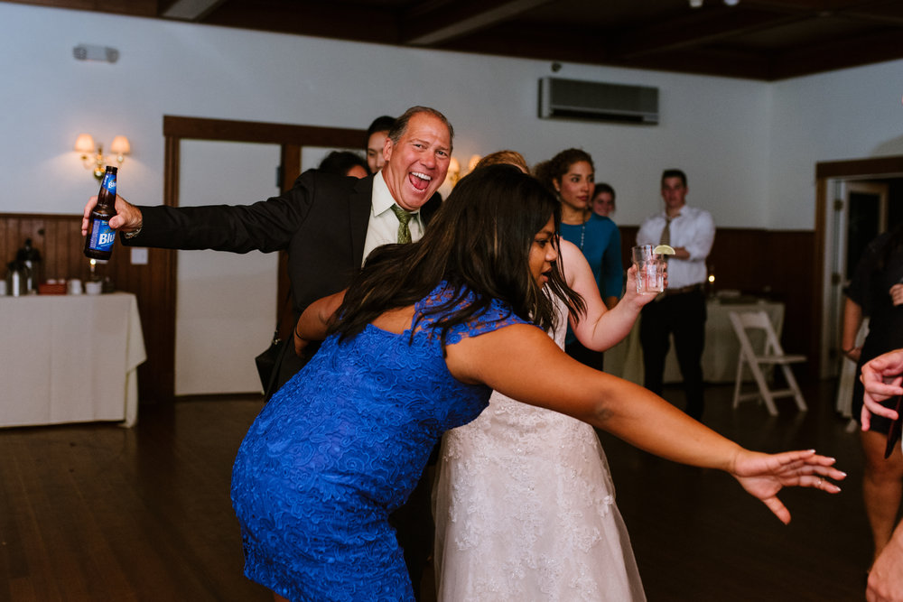 wedding-party-32©_Elisabeth-Waller.jpg