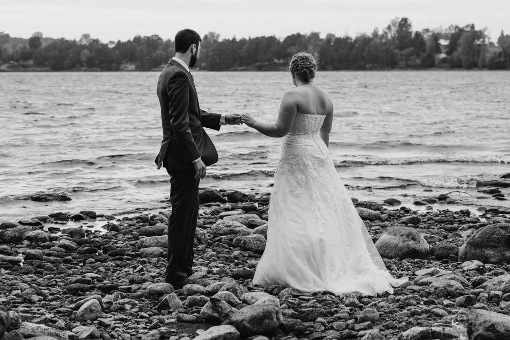 bride-groom-on-beach-wedding-photographer-vermont-©Elisabeth-Waller.jpg