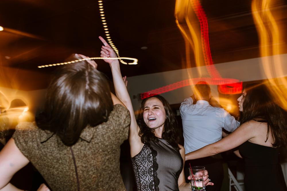 dancing-at-wedding-reception-vermont-photographer-©Elisabeth-Waller.jpg