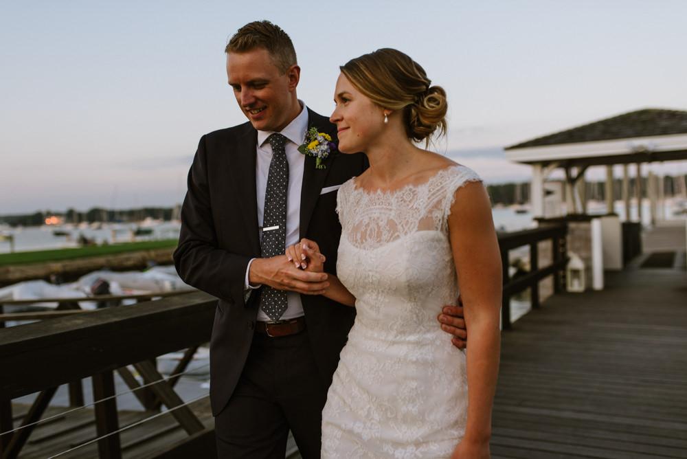 wedding-vermont-new-england-destination-elopement-photographer31©-Elisabeth-Waller.jpg