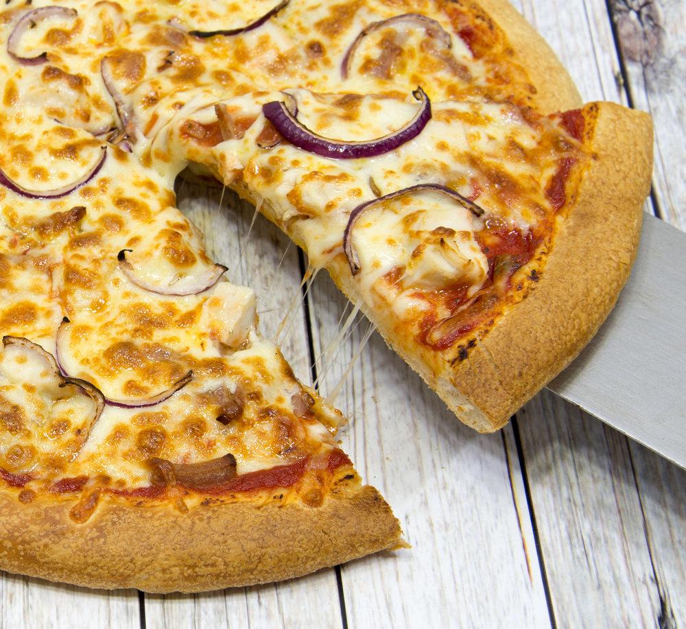 baltiandpizzamasters_food_kievpizza.jpg