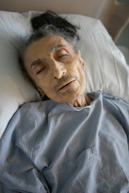 2012.10.31_metzmama_dying498.jpg