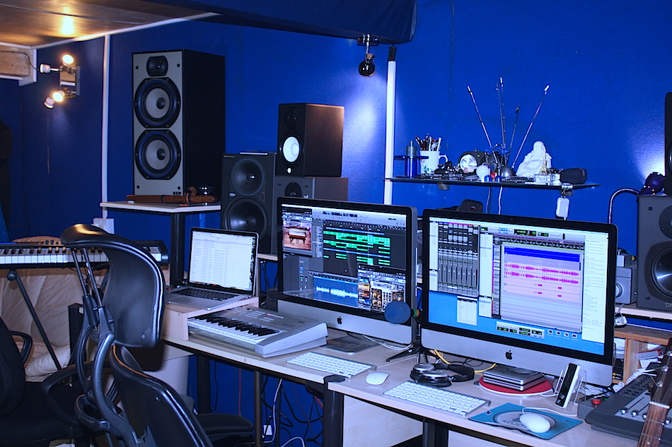Production area of BB Studio where your Pop Star Party songs and video are made