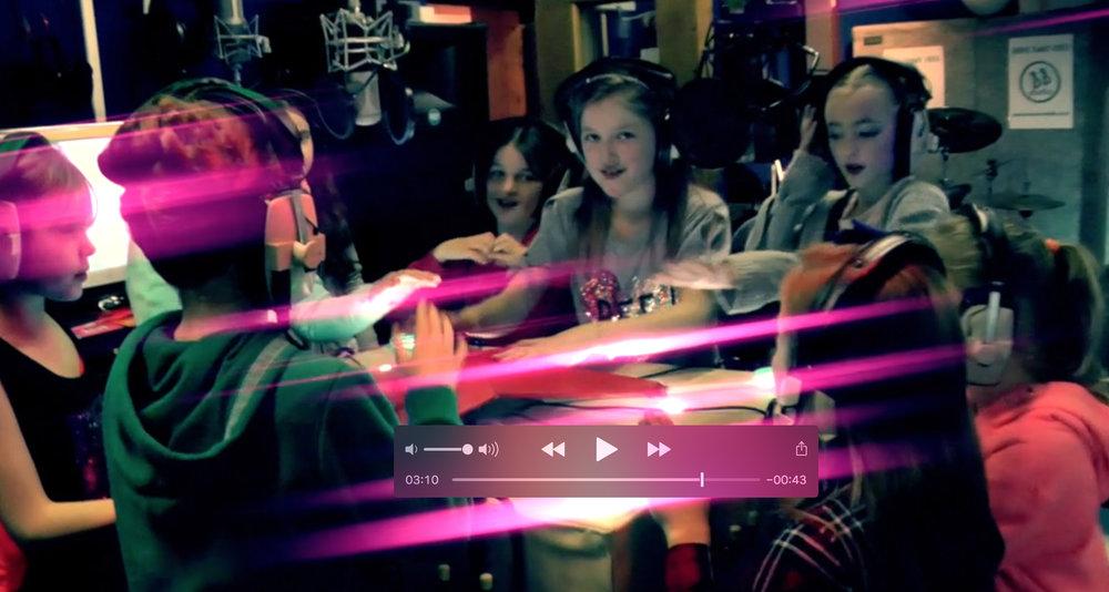 Pop Star Party - Headphone Hub.jpg