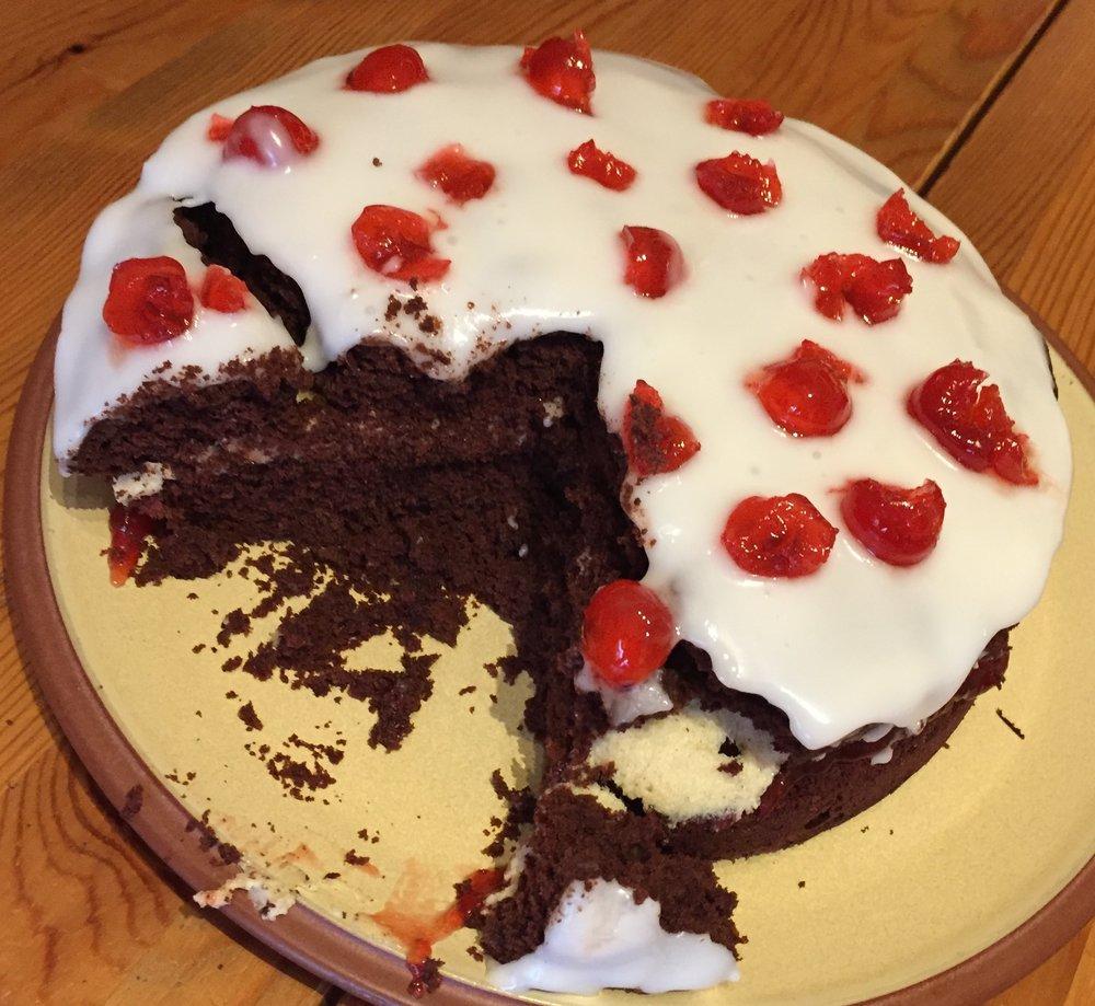 Pop Star Party Cake 5.jpg