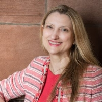 Elizabeth Vega   @InformedTweet   Global CEO of Informed Solutions