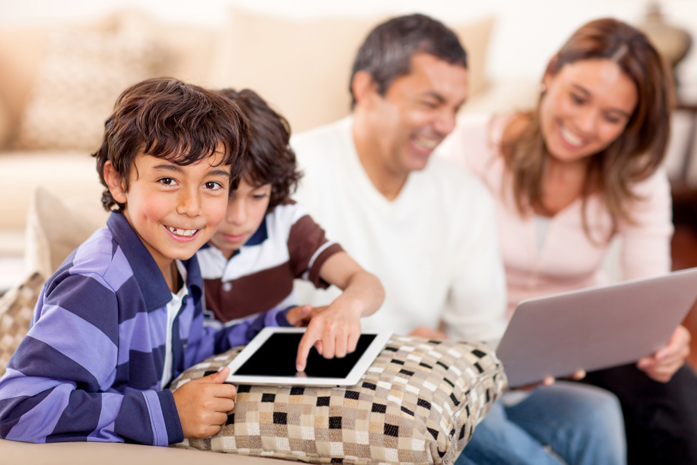 Empower your family or organization with 4G LTE wireless Internet service brought to you by 4GCommunity.org. Seize the opportunities of every day!