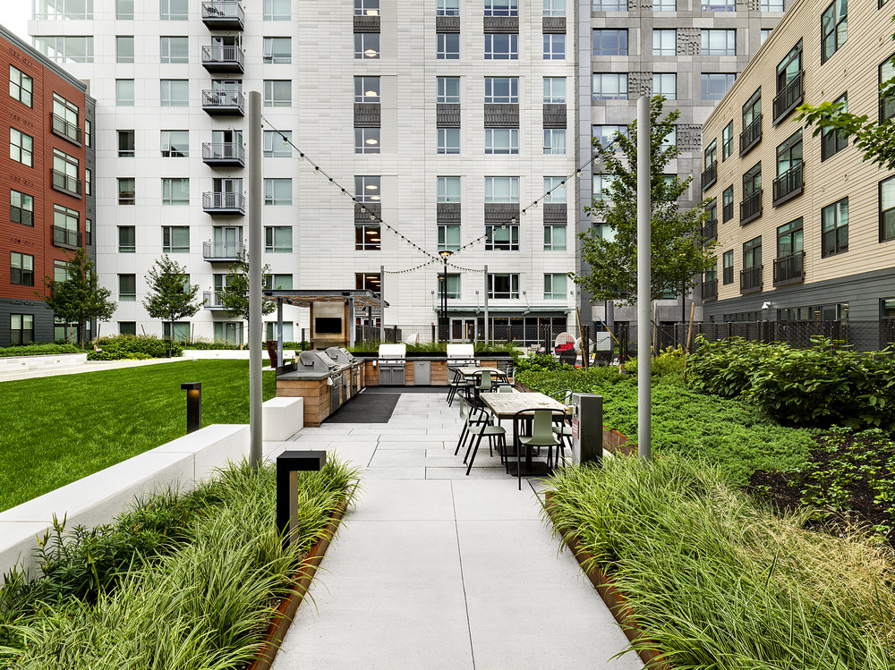 recover-green-roofs-patrick-rogers-photography-montaje-courtyard-skydeck-11-2018-6.jpg