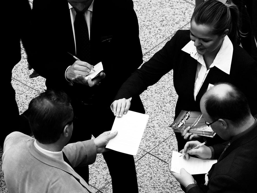 Somos uma  BOUTIQUE DE GESTÃO e INVESTIMENTO  focada em situações especiais no mercado da América Latina, oferecendo os seguintes serviços:  · Reestruturação Operacional  · Reestruturação Financeira  · Captação de Recursos e M&A  · Liquidação de Inventário - Máquinas e Equipamentos  · Recuperação de Recebíveis Inadimplentes