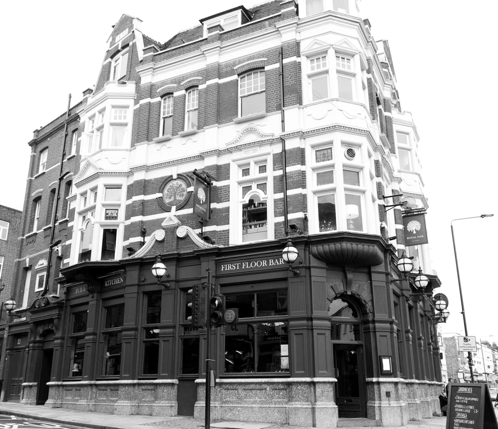 THE ROYAL OAK    Harlesden    VIEW WEBSITE