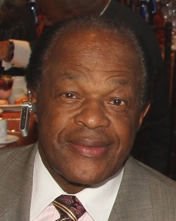 By dbking (File:Marion Barry Vincent Gray.jpg)/ CC BY 2.0