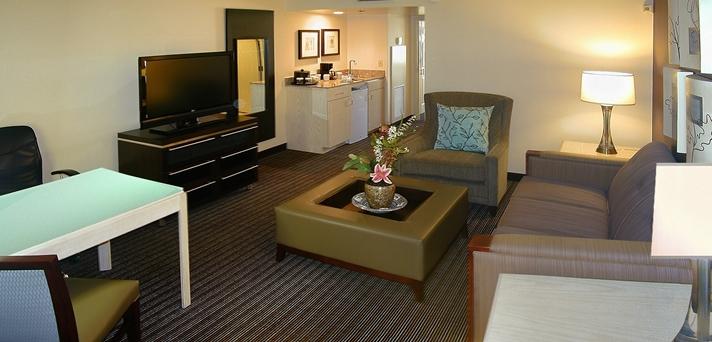 Embassy Suites Las Vegas.jpg