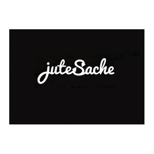 juteSache    (imp!act 2014)  bietet Alternativen zu Plastiktüten an. Kunden im Einzelhandel können qualitativ hochwertige Stoffbeutel für eine kleine Nutzungsgebühr und Kaution kaufen. Sobald die Beutel zu einem teilnehmenden Laden zurückgebracht werden, wird die Kaution erstattet.