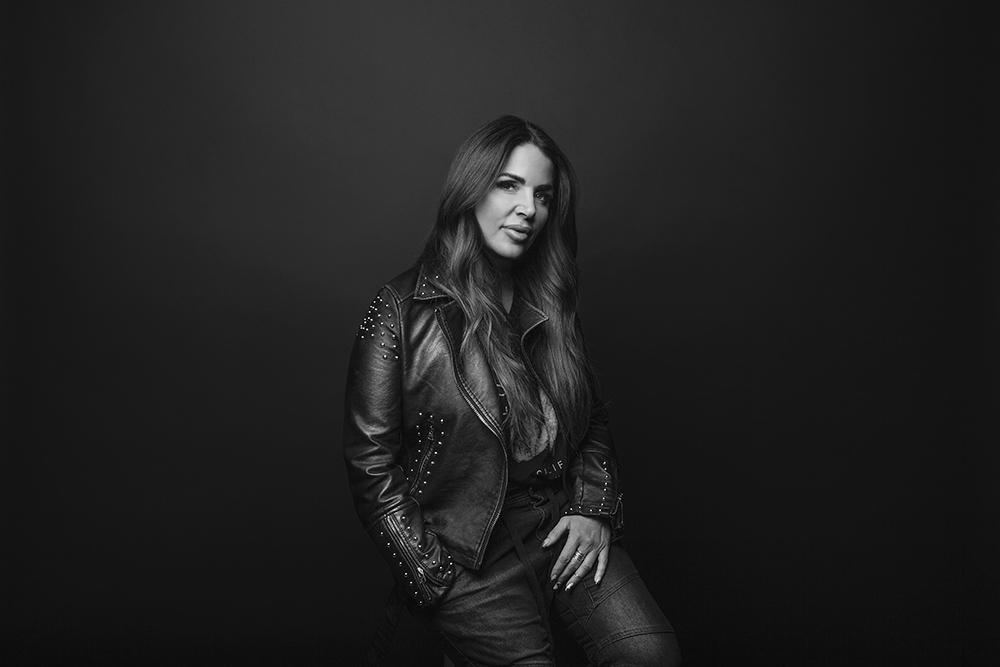 Wendy Belanger Portrait HR Ret 2019 0176  600x400.jpg