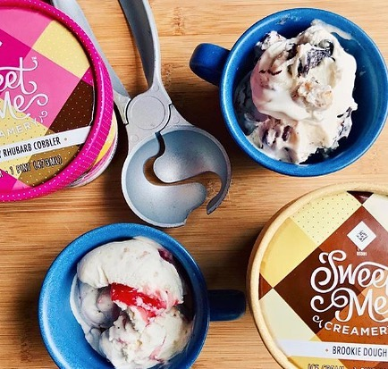 Give it up for warm summer days and pints of @sweetmecreamery 📷: @universityofcupcakes