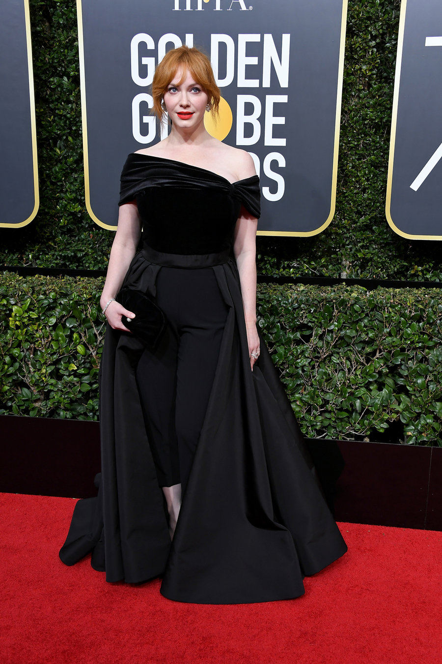christina-hendricks-golden-globes-arrivals-2018-billboard-1240.jpg
