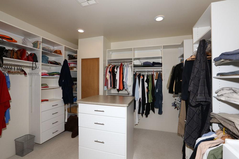 Master Walk-in Closet.JPG