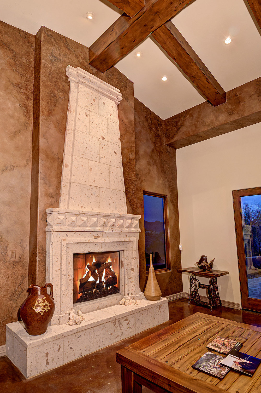 7112_e_wildcat_drive_MLS_HID853843_ROOMfamilyroomfireplace.jpg