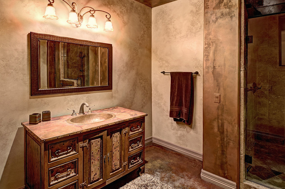 7112_e_wildcat_drive_MLS_HID853843_ROOMguestbathroom.jpg