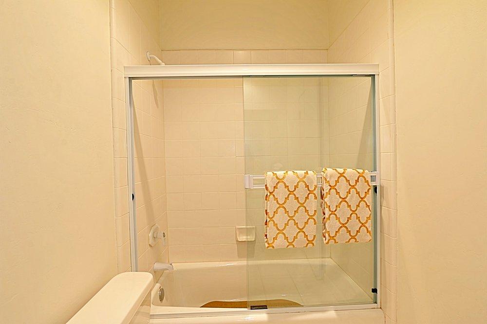 3rd Bath 2.jpg